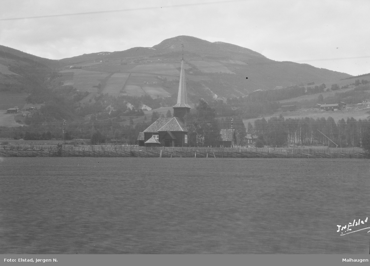 Nord-Fron. Kvam kirke, bygd i 1777.