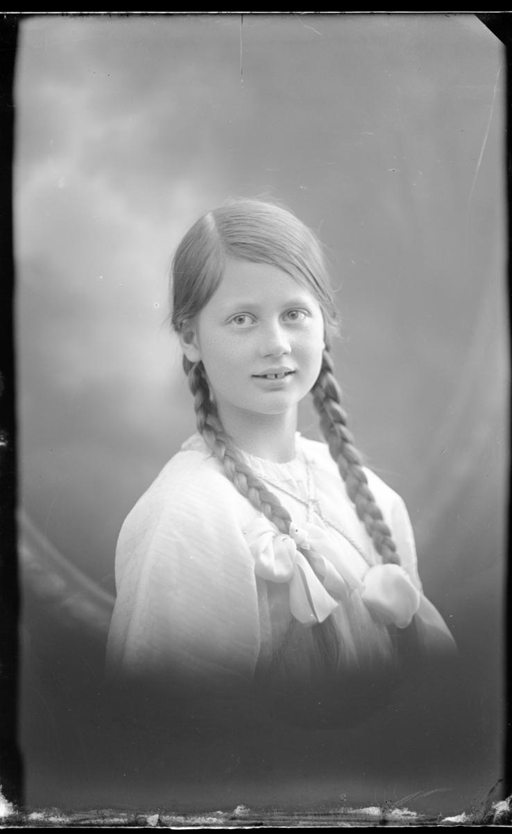 Konstnärinna Birgit Hygrell