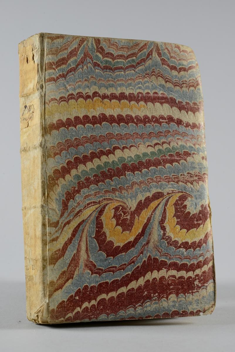 """Bok, pappband ,""""Lettres, anecdotes et memoires historiques du nonce Visconti"""", tryckt i Amsterdam 1719.  Pärmen av marmorerat papper, oskuret snitt. På ryggen pappersetikett med utplånad text. Plansch i koppartryck."""