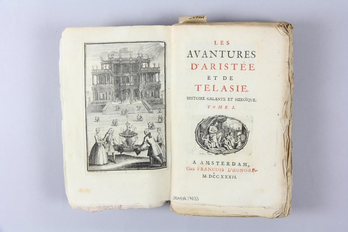 """Bok, """"Les avantures d´Aristée et de Telasie"""", del 1-2, tryckt 1732 i Amsterdam. Pärm av marmorerat papper, oskuret snitt.  Blekt rygg med pappersetikett med volymens namn och samlingsnummer."""