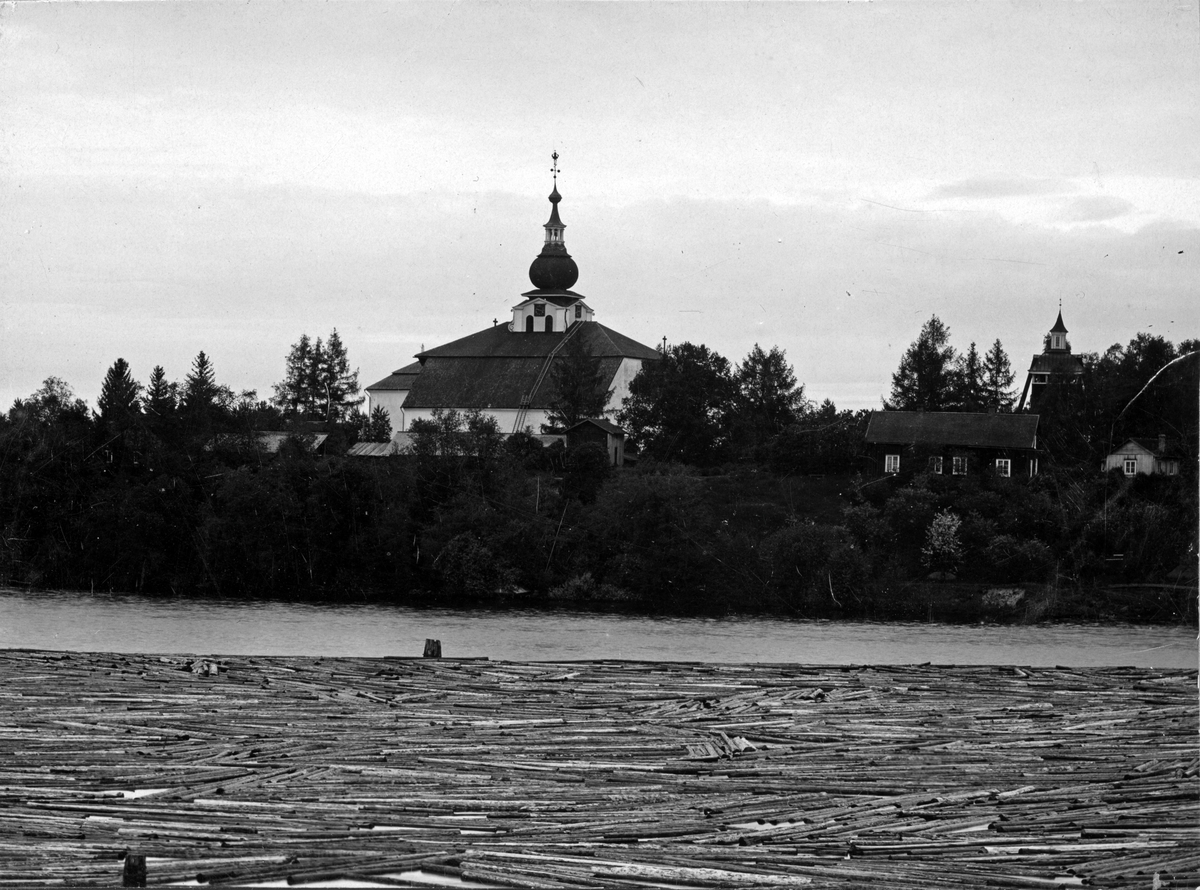 Kyrka i Leksand