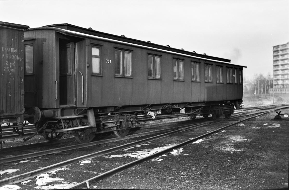 Personvogn litra Bo2c type 4 nr. 736 i Lodalen i Oslo.