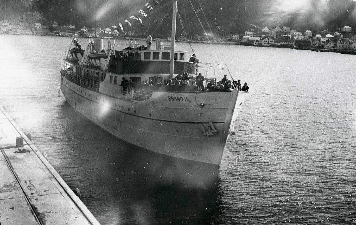 M/S 'Brand IV' (b.1938, Skaaluren Skibsbyggeri, Rosendal)