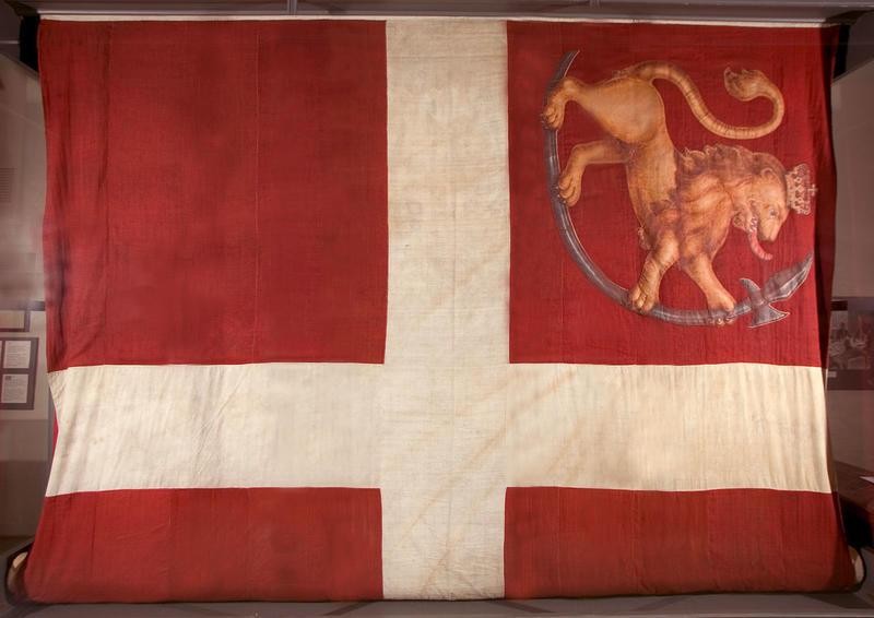 Fredrikstens festnings flagg fra 1814. (Foto/Photo)