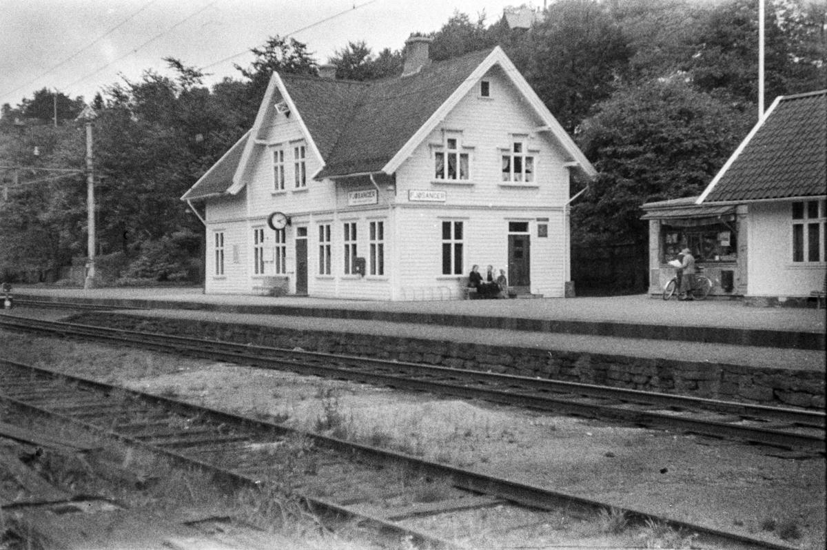 Fjøsanger stasjon.