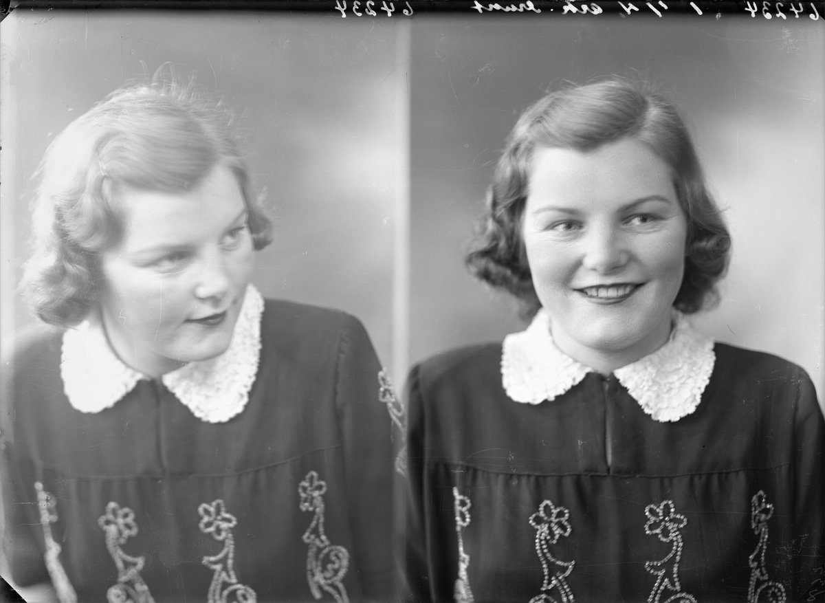 Portrett. Ung lyshåret kvinne i mørk kjole med broderier i front og hvit krage. Bestilt av Kari Sørhaug. Rogalandsgt. 120