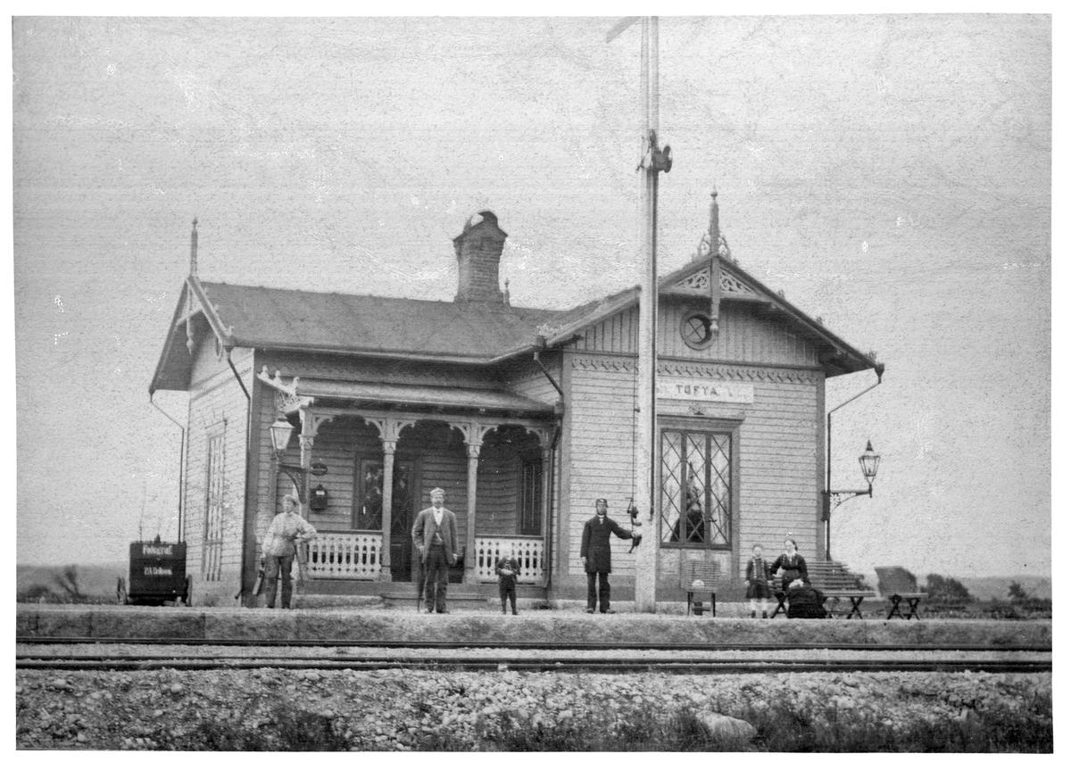 Stationshuset anlagt 1880