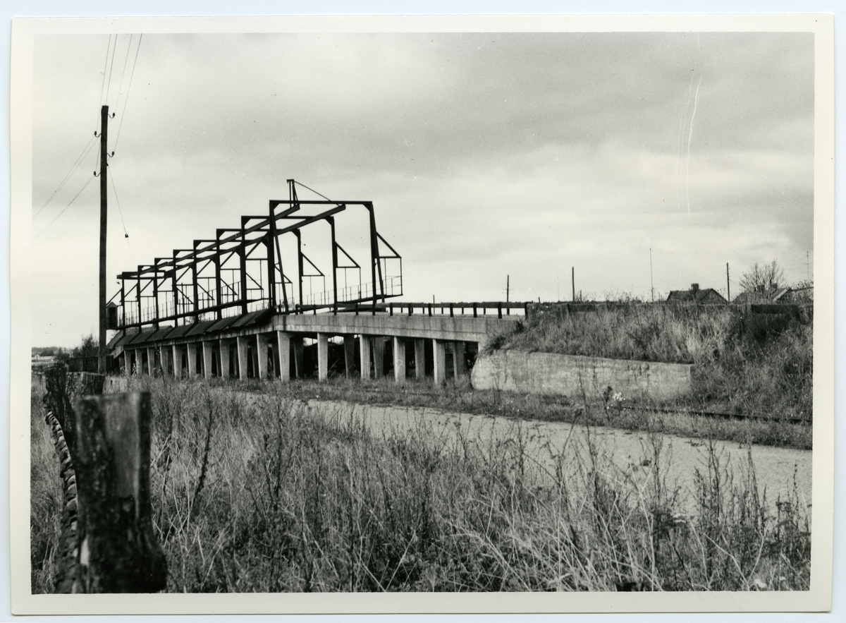Sörbyholms betlastningsbrygga vid Säby Station. Nedläggning av bandel Billesholm - Landskrona.