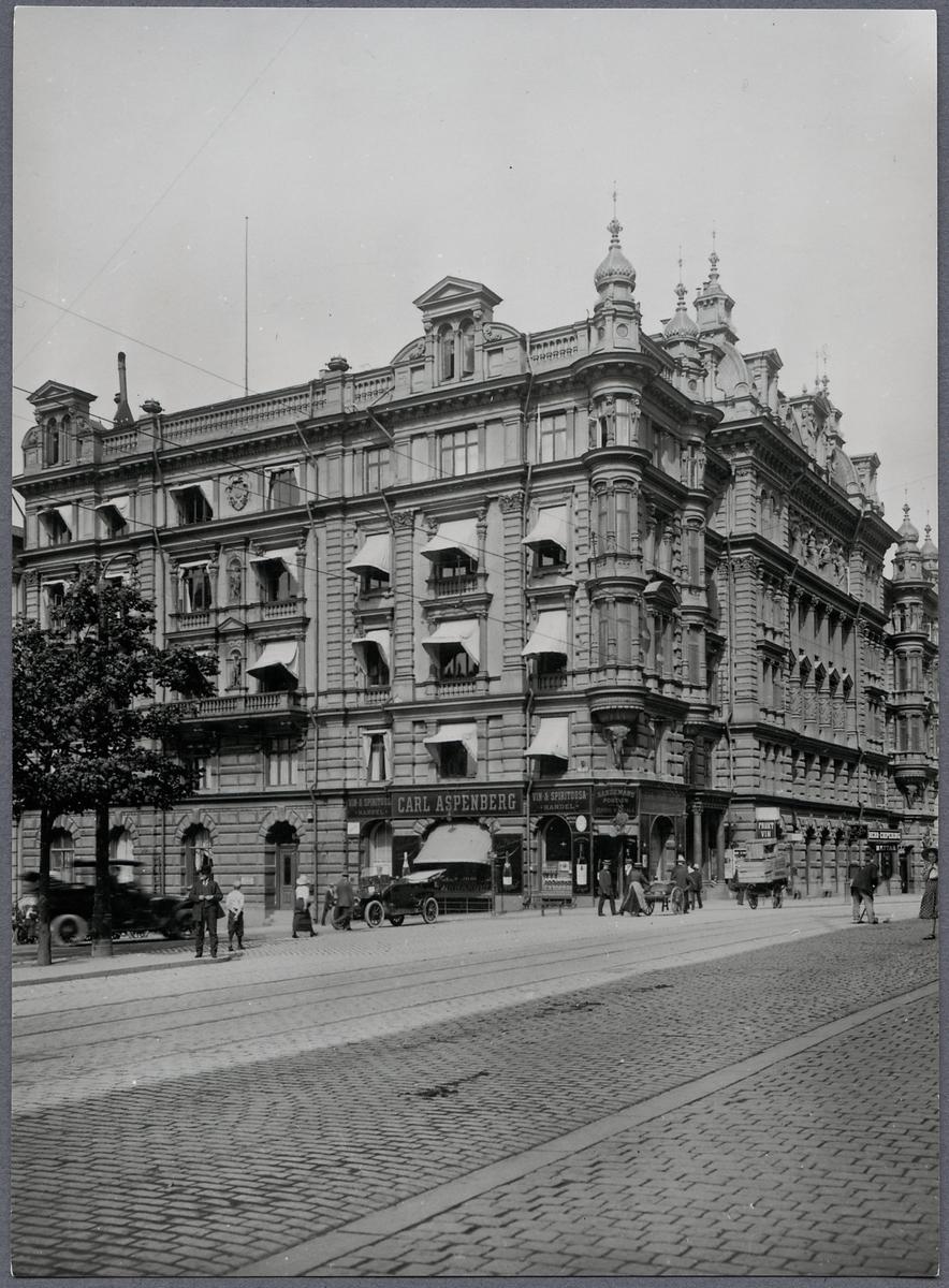 Stockholm, Vasagatan 1-3 och Klarabergsgatan 68.