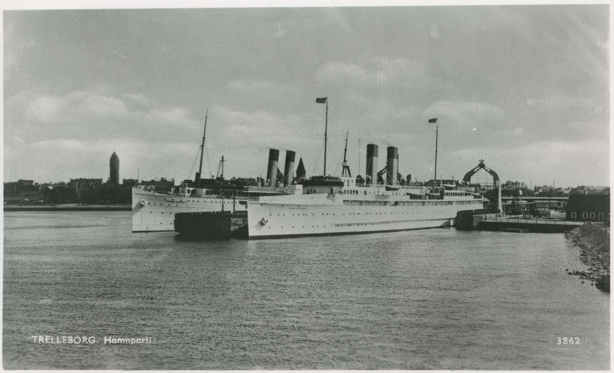 Fartyg i Trelleborgs hamn.