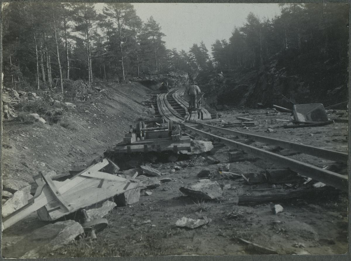 Genomschaktning av gamla stambanan vid Ubbared. På linjen mellan Noresund och Floda.