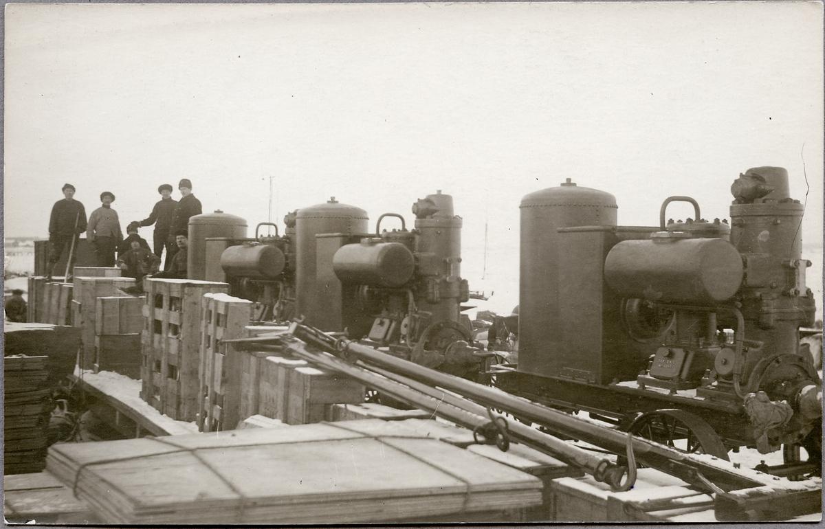 Export av svenska motorer till Ryssland från Haparanda hamnstation.