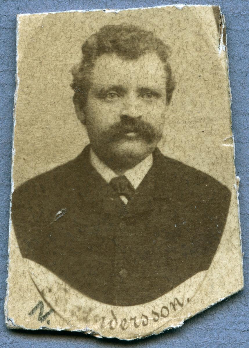 N. Andersson.