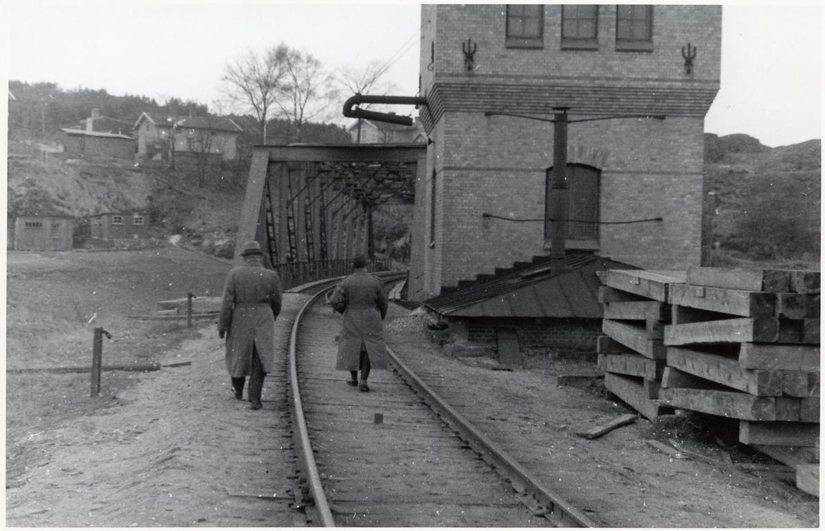 Bohusbanan inför elektrifieringen. Järnvägsbro över Bäveån på linjen mellan Uddevalla och Ljungskile.