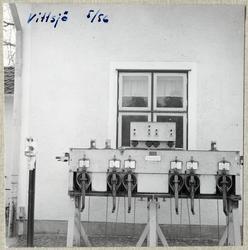 0f6e16cd Vevställverk vid Vittsjö stationshus.