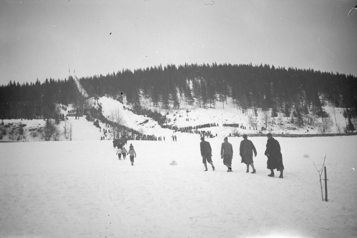 Lysgårdsbakken i Lillehammer, antageligvis på slutten av 40-tallet eller begynnelsen av 50-tallet.