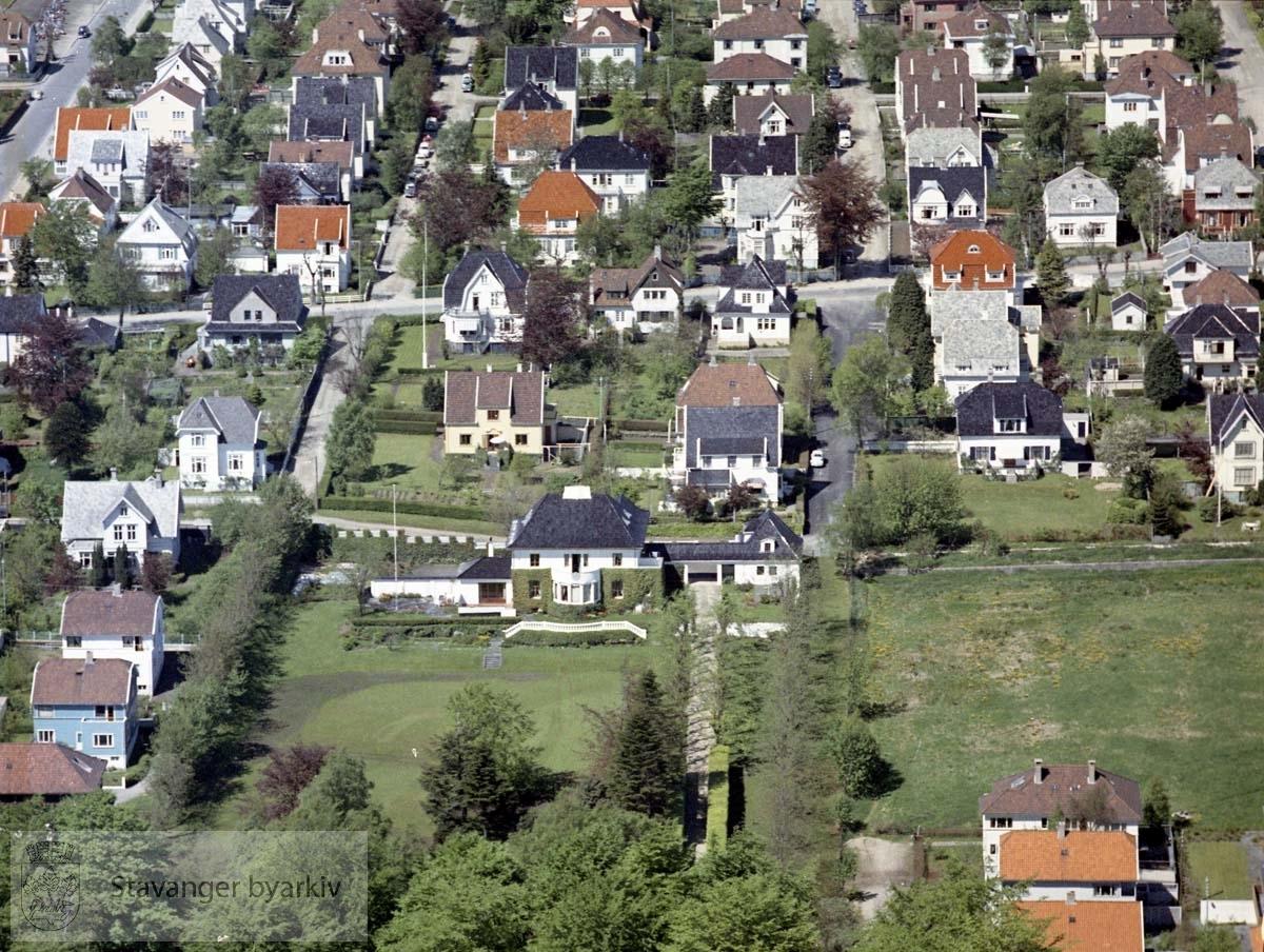 Bebyggelse ved Madlaveien, Eiganesveien, Holbergs gate, Dronningens gate, Tordenskjolds gate, Torfæus gate
