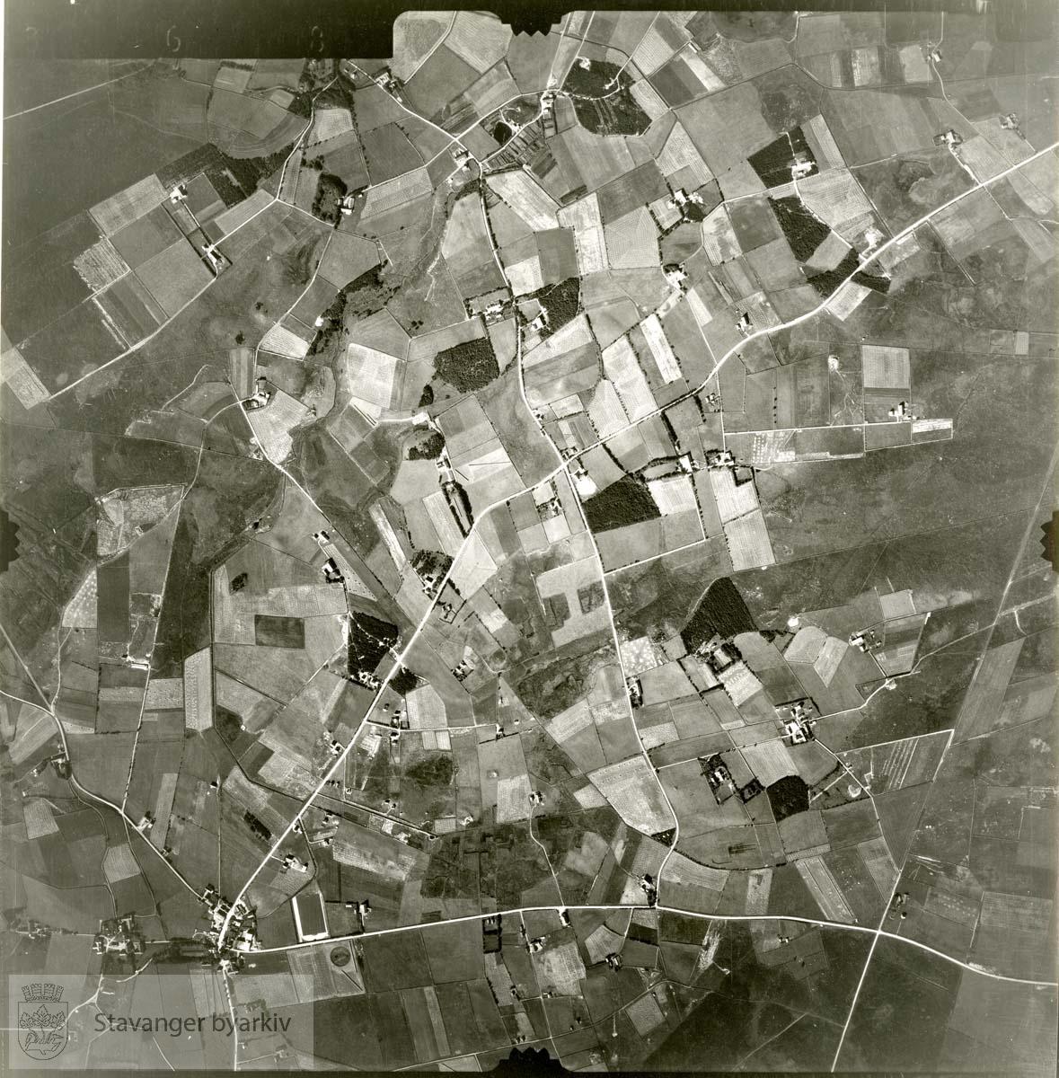 Jfr. kart/fotoplan C8/368..Se ByStW_Uca_002 (kan lastes ned under fanen for kart på Stavangerbilder)
