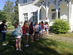 Skolemuseet på Matrand med elever (Foto/Photo)