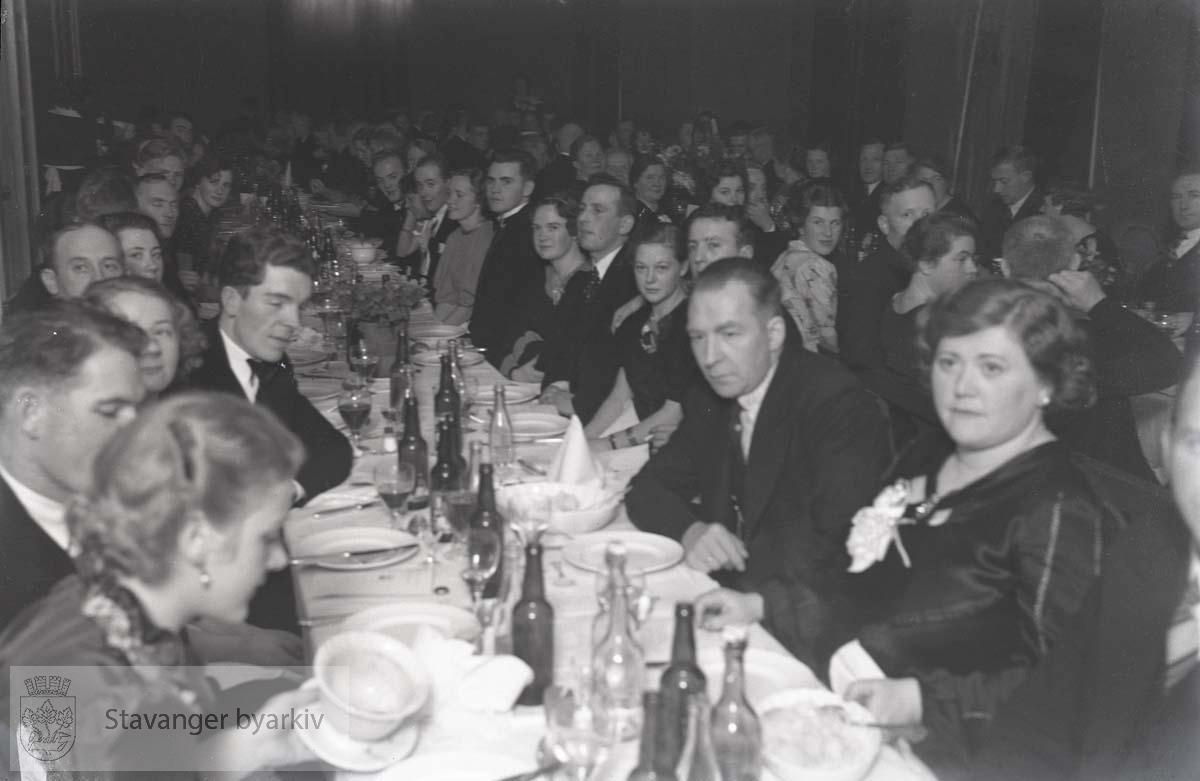 Fra Baker- og konditorsvenners 45-årsjubileum i Bjergsted, 1937.