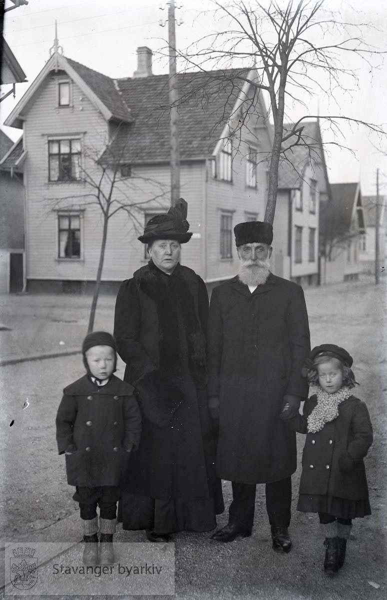 Fra venstre Henrik Paulsen, Emilie Henriksen, Henrik Henriksen og Guri Paulsen
