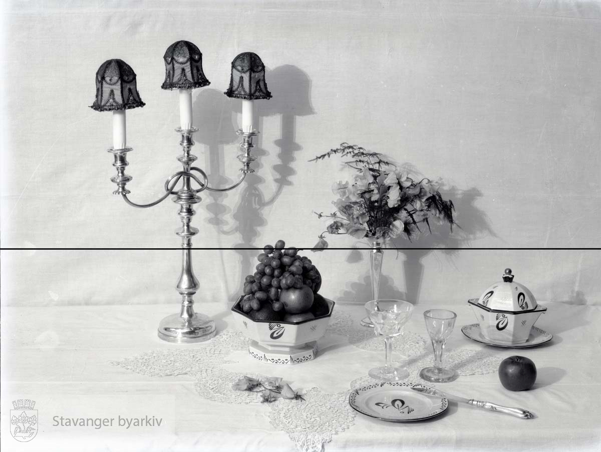 Utstilte varer fra Egersund Fayance