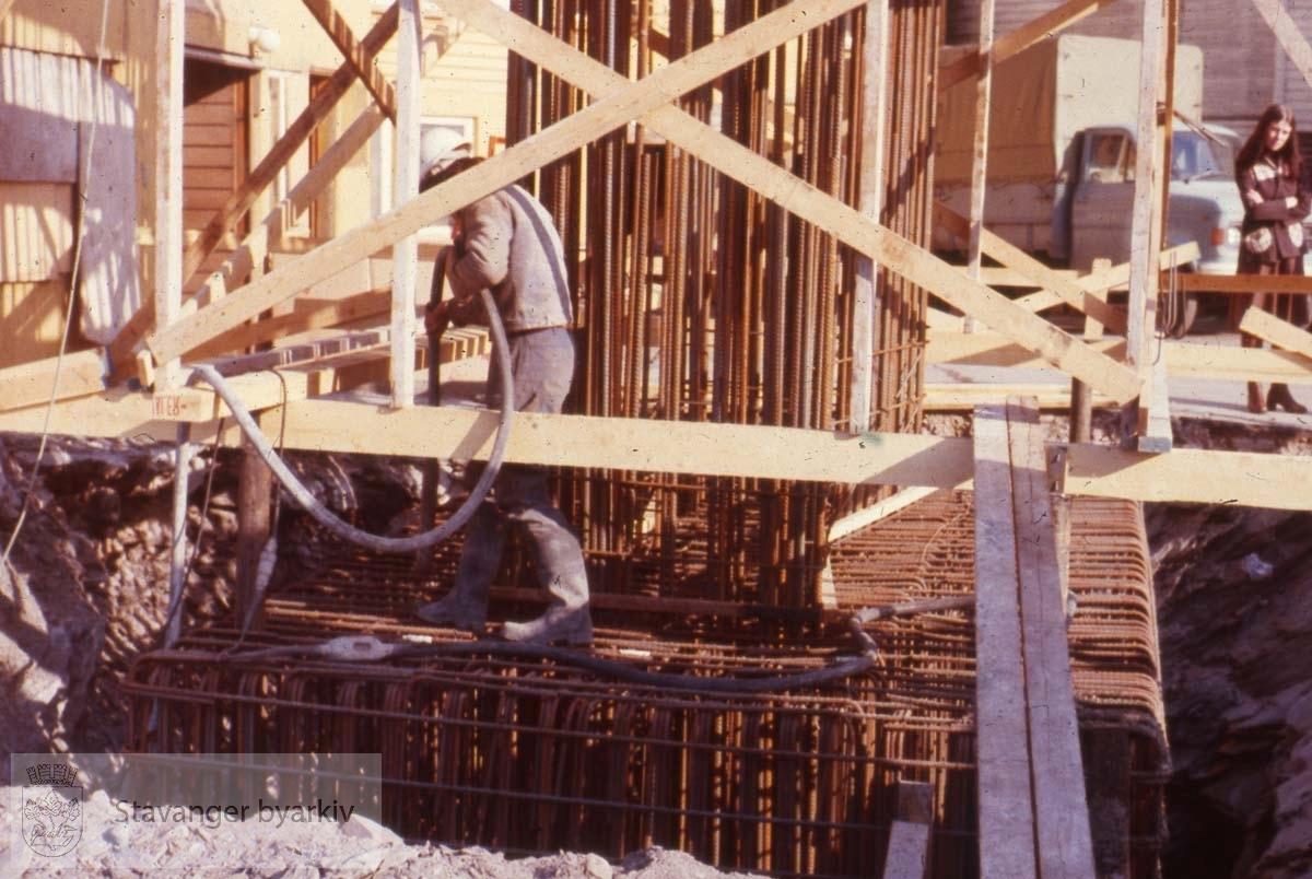 Broarbeid ved Badedammen