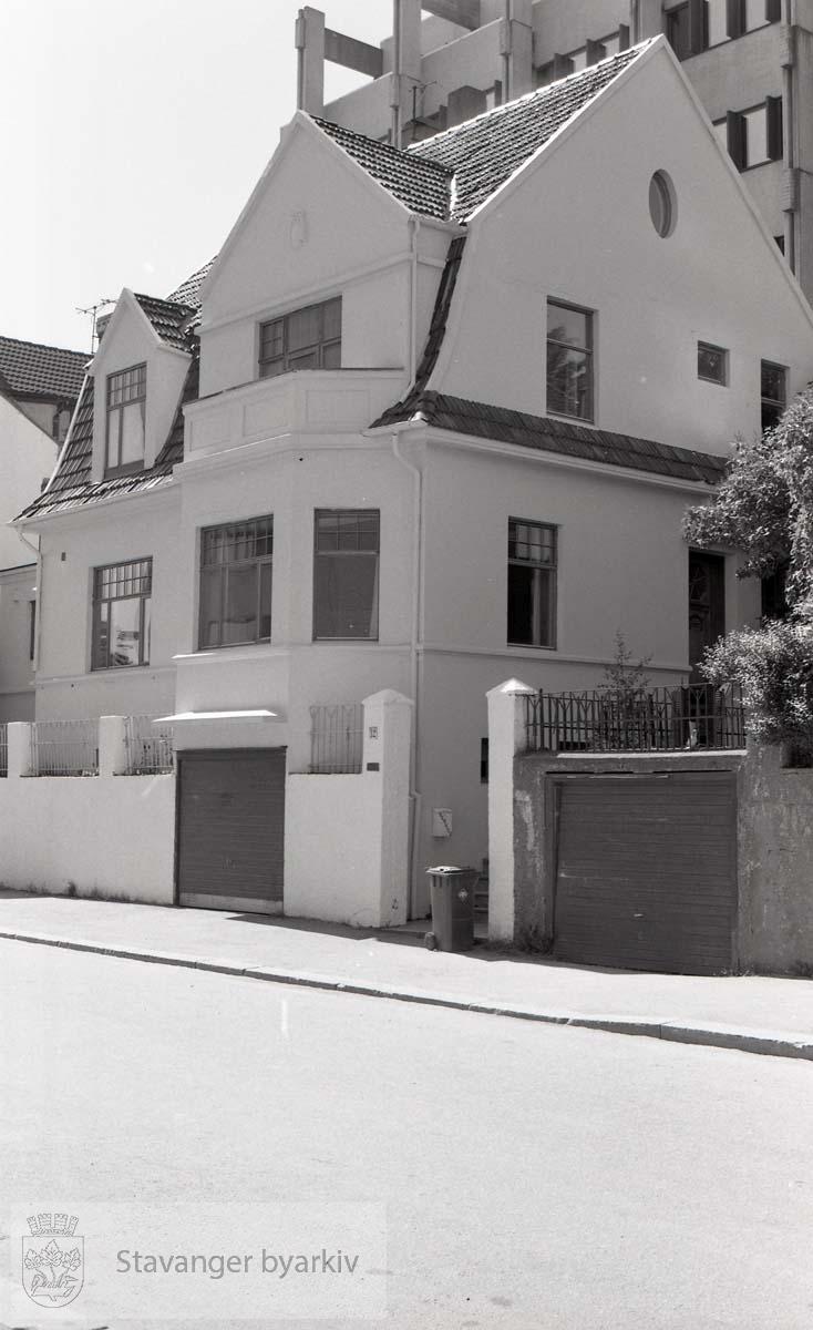 Knud Holms gate 12