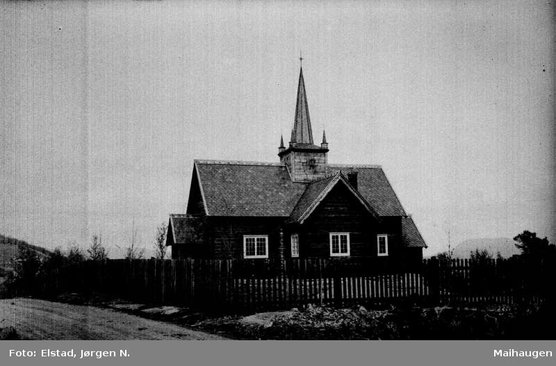 Nord-Fron. Skåbu kyrkje.