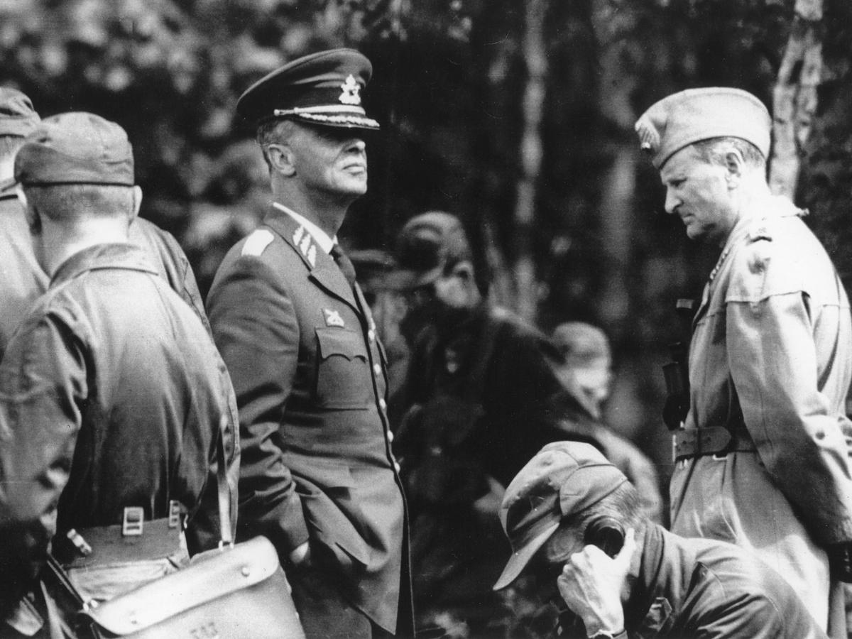 General Henrik Lange och Överste Birger Ehnrot