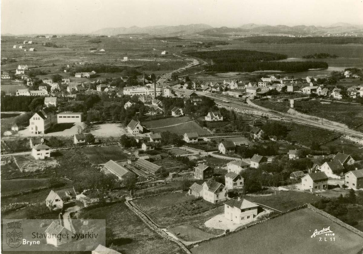 Postkortmotiv: flyfoto over Bryne