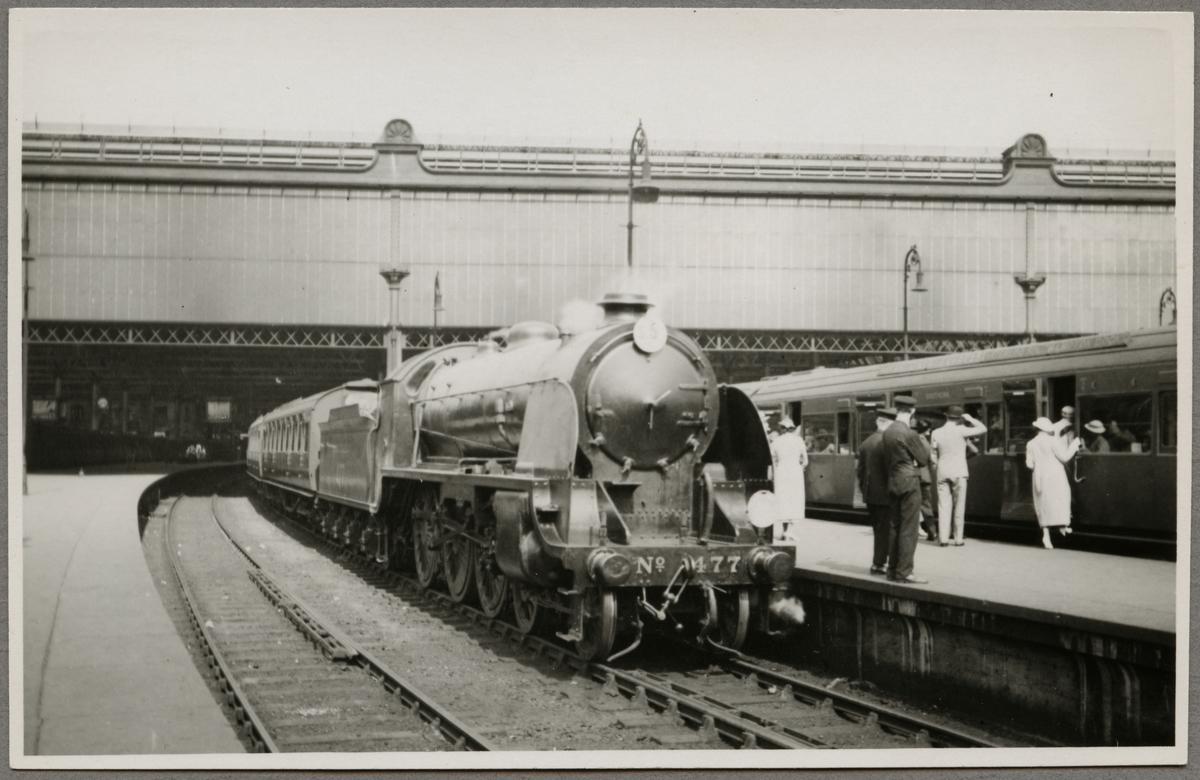 Southern Railway, SR E 477 på Waterloo station.