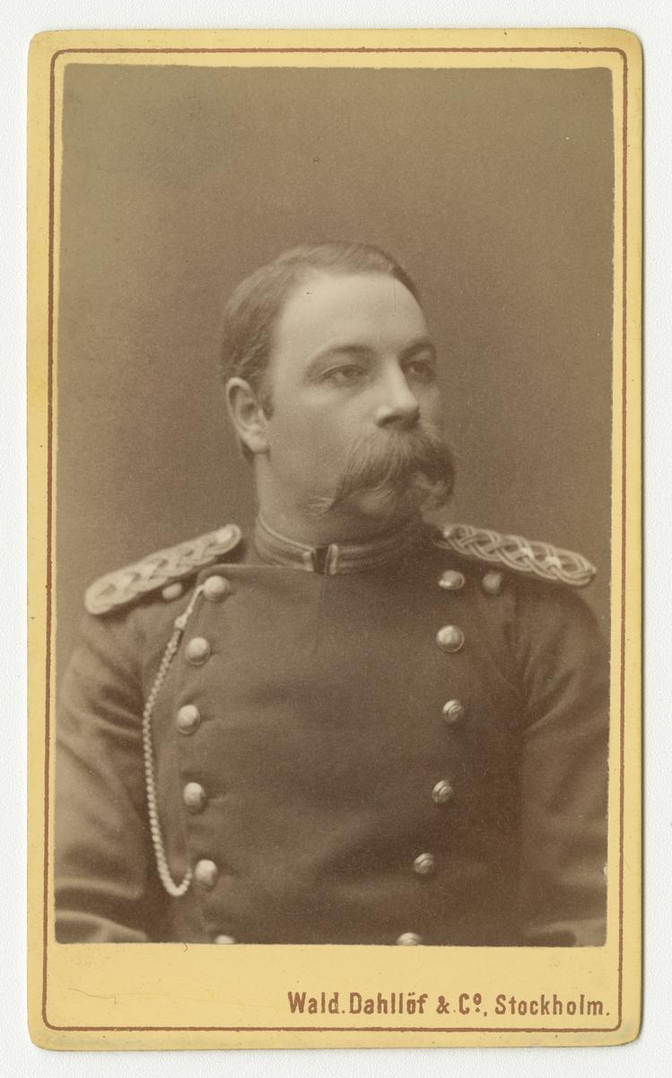 Porträtt av Ernst Georg Melin, löjtnant vid Norra skånska infanteriregementet I 24.