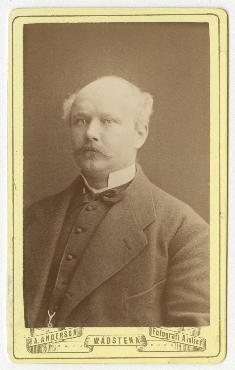 Porträtt av Fredrik Wilhelm Mauritz Braun, officer vid Kalmar regemente I 20.  Se även bild AMA.0009400 och AMA.0021832.