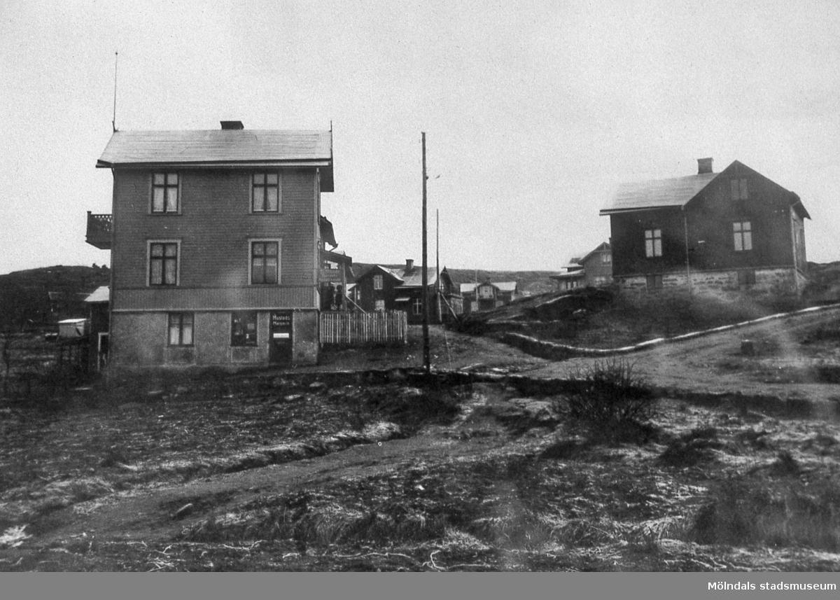 Rygatan 17 i Ryet, Mölndal, år 1920. Teodor Nilssons hus. Han var specerihandlare, ordförande i stadsfullmäktige och riksdagsman m.m.