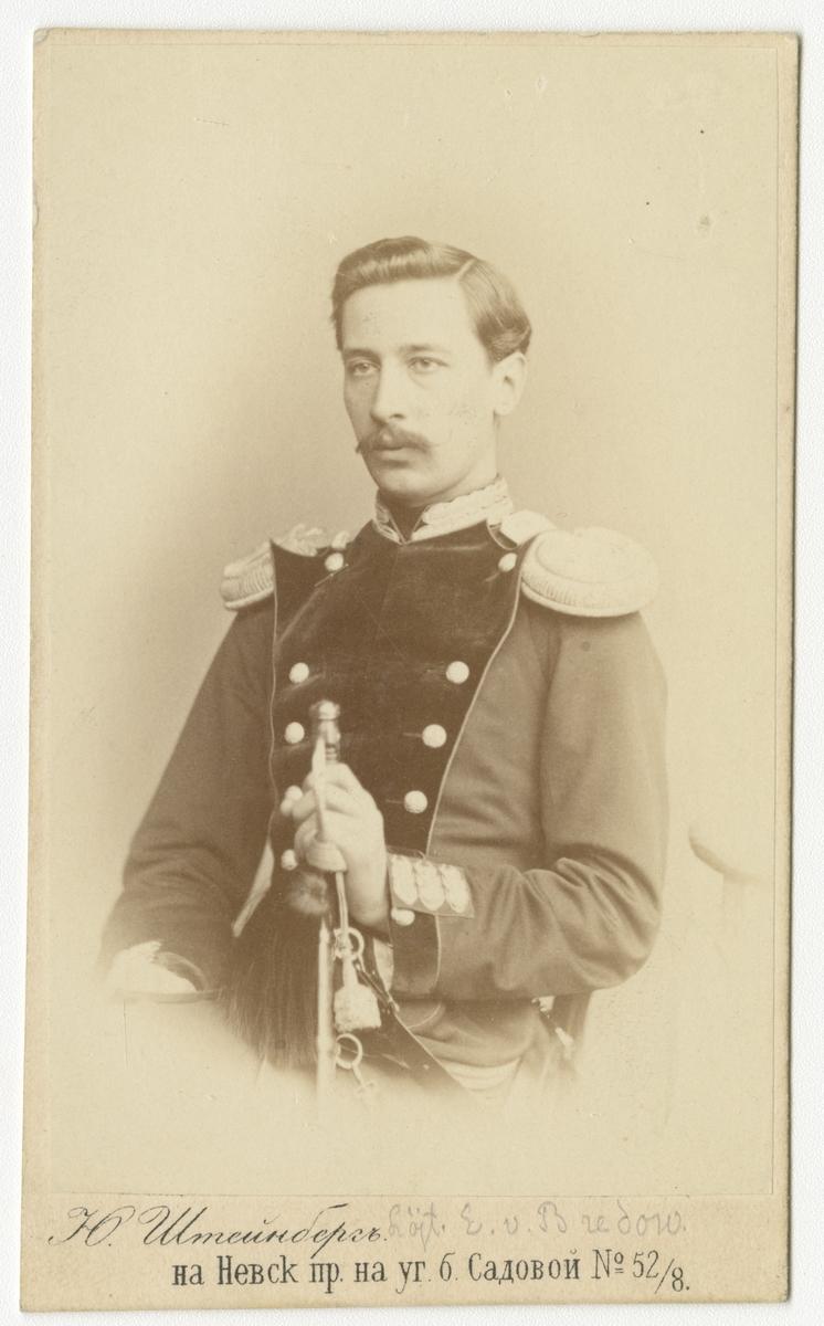 Porträtt av löjtant E. von Bredow, Ryssland.