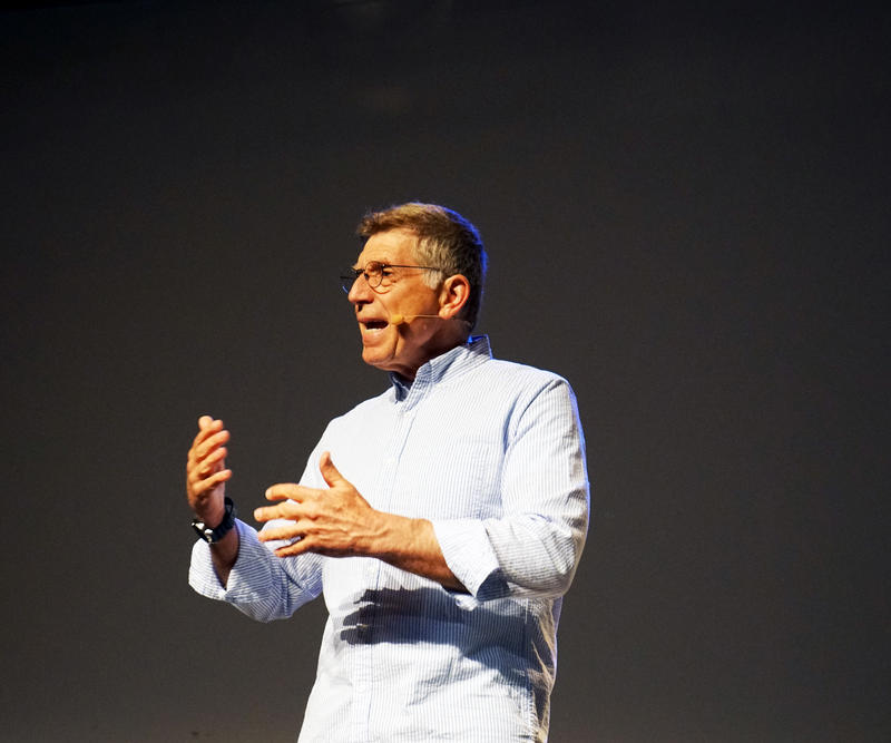 Robert Santelli holder foredrag på Rockheim. (Foto/Photo)