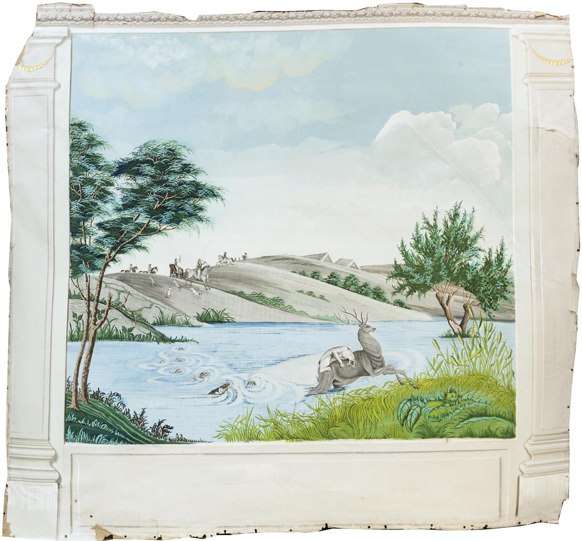 Del av väggmålning. Limfärg på papp. Två pilastrar och målat väggfält. Jaktscen med hundar som förföljer en hjort samt man till häst på berghällar i bakgrunden.