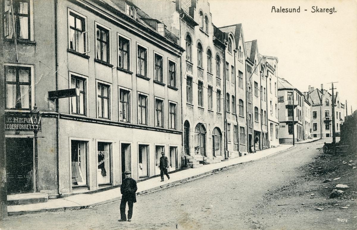 Motiv av gatemiljøet i Skaregata, Ålesund.