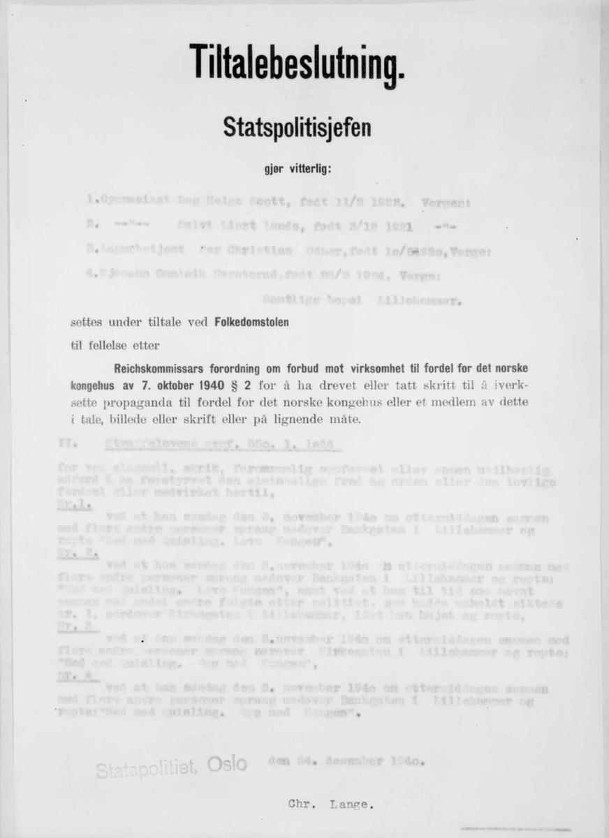 Repro: Foto av tiltalebeslutning. Uleselige navn etc.
