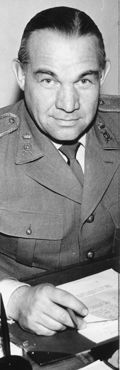 Överstelöjtnant Beng K-son Blomquist var chef för Arméns Motorskola i Strängnäs 1961-69.