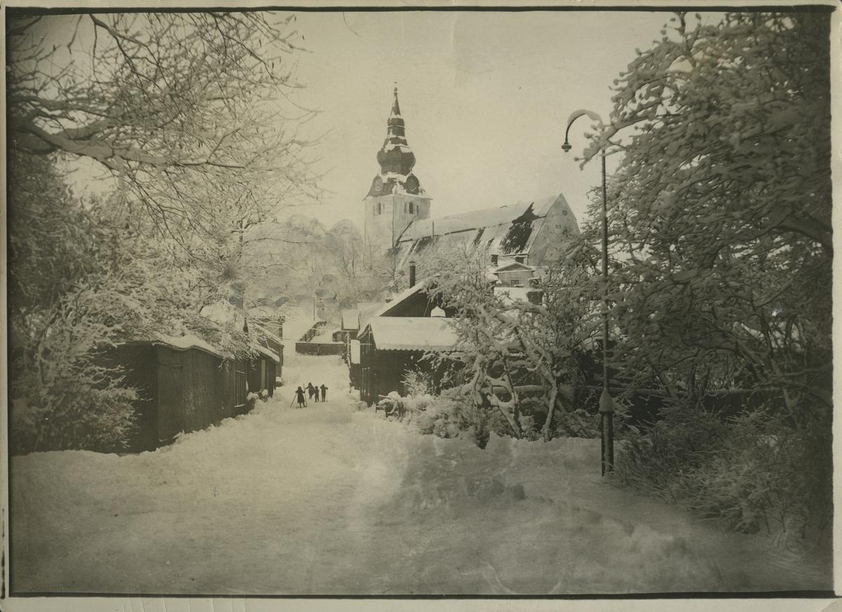 Kyrkan i Hudiksvall. Vintertid.