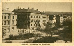 Vykort med motiv över Sparbanken och Sveateatern i Sundsvall