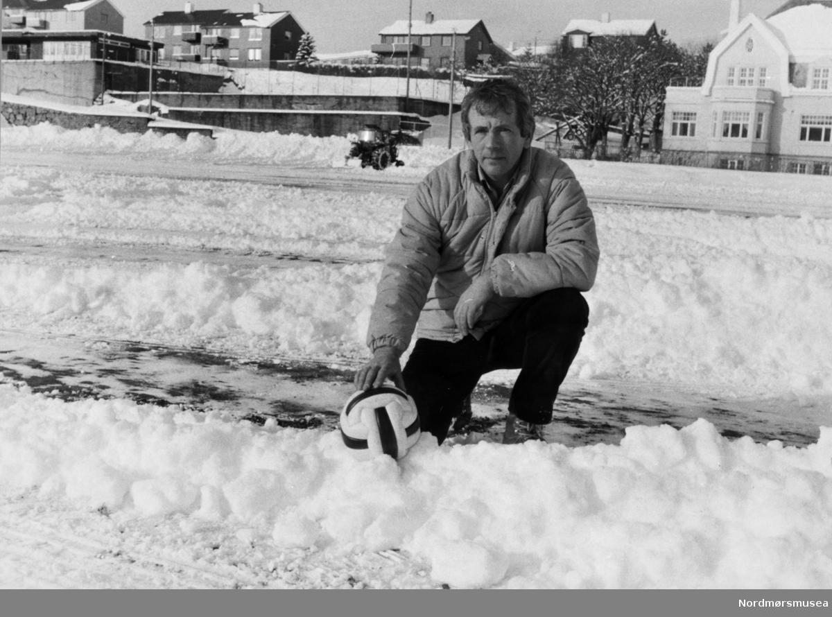 Per Bjørn Asphaug. Bildet er fra avisa Tidens Krav sitt arkiv i tidsrommet 1970-1994. Nå i Nordmøre museums fotosamling.