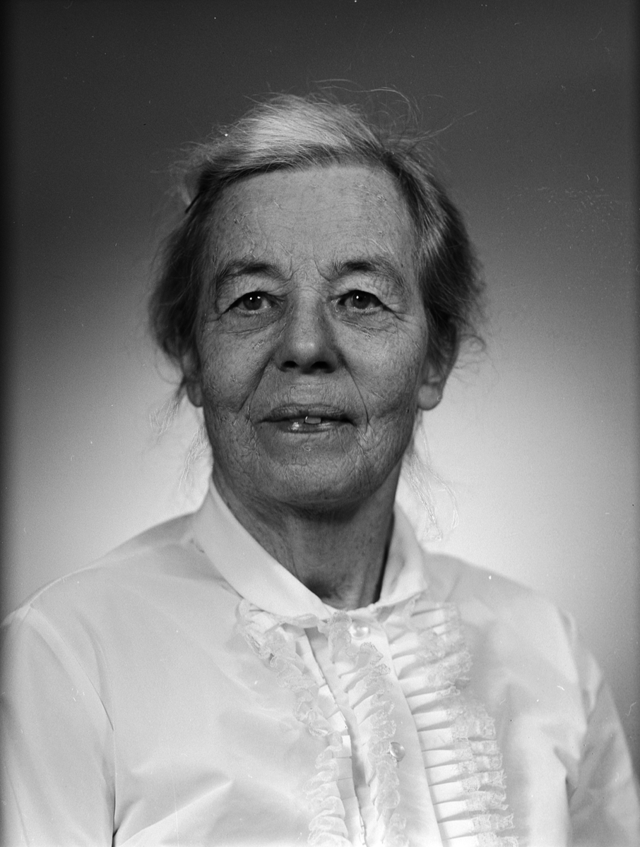 Ateljéporträtt - Anna Geijer, Uppsala 1967