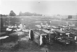 Inre tjänst på Polacksbacken 1910. Kasetnbygget påbörjat i b