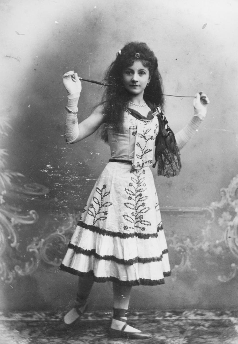 Cirkusartisten La Bella Ingeborg som barn.