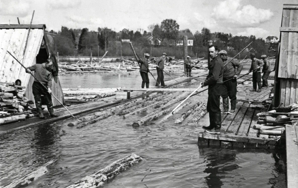 Lundsjunken 1937. Foto: Arbeiderbevegelsens arkiv og bibliotek / Lundsjunken 1937. Foto: Arbeiderbevegelsens arkiv og bibliotek