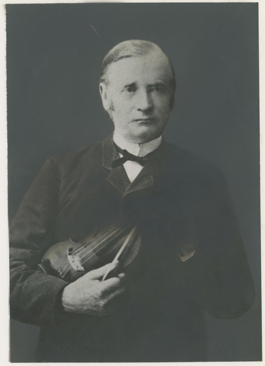 Jens Chr. Ursin, organist og stadsmusikant. Ukjent årstall.