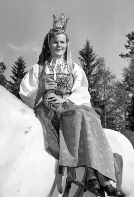 Glomdalsbruden. Utflytterdagen Glomdalsmuseet 1958.